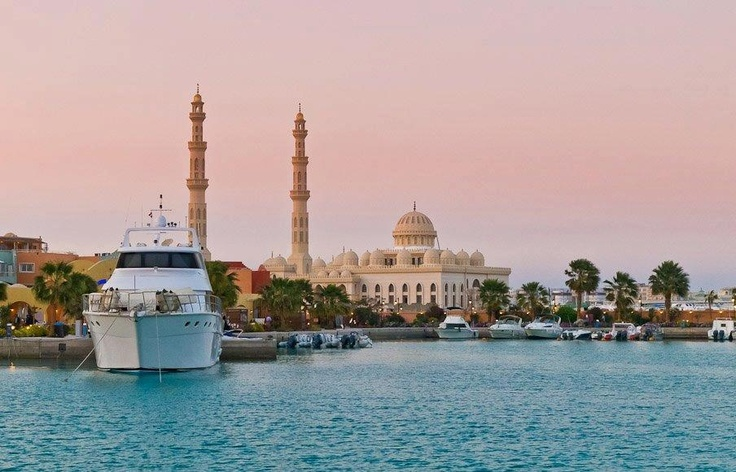 Hurghada (Egypt) // One of my favorite diving locations! -nancy vork