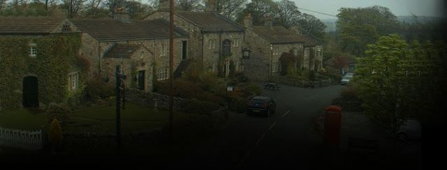 Emmerdale 8th November 2016 11/8/16 Episode - Spoilers Synopsis   Emmerdale 8th November 2016 11/8/16 Episode - Spoilers Synopsis  Rebecca turns up at the bonfire party just as Chrissie is about to use the blaze to destroy the evidence and accuses her sister of attacking her and framing Andy for shooting Lawrence. The children being so close to the fire triggers a panic attack in Nicola. Belle and Jermaine try to start their relationship afresh while Joanie urges Zak to call Lisa and tell…