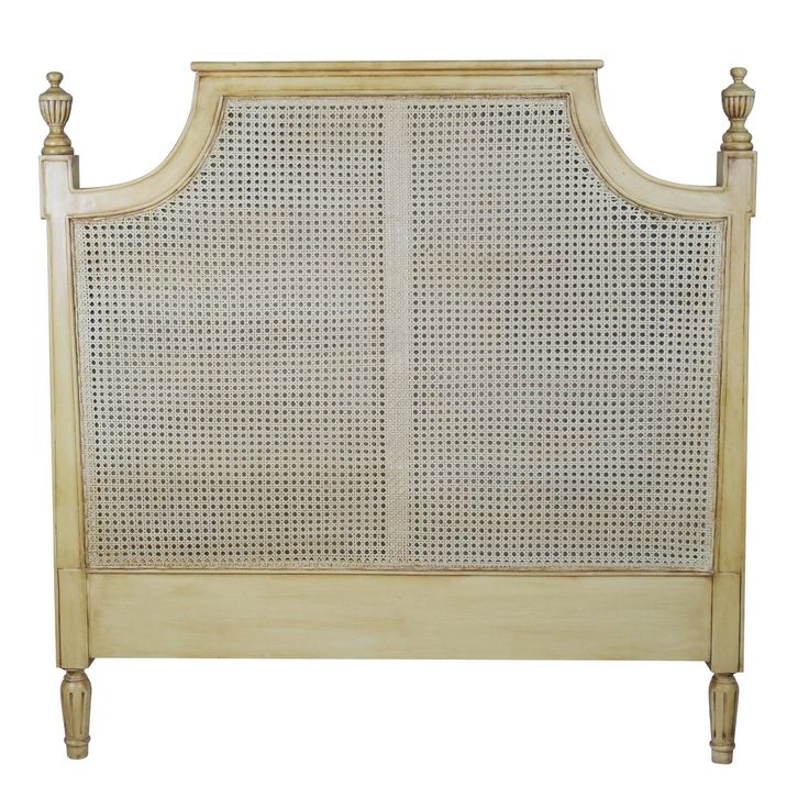 King Size Vintage French Rattan Headboard http://www.la-maison-chic.co.uk/Item/King-Size-Vintage-French-Rattan-Headboard