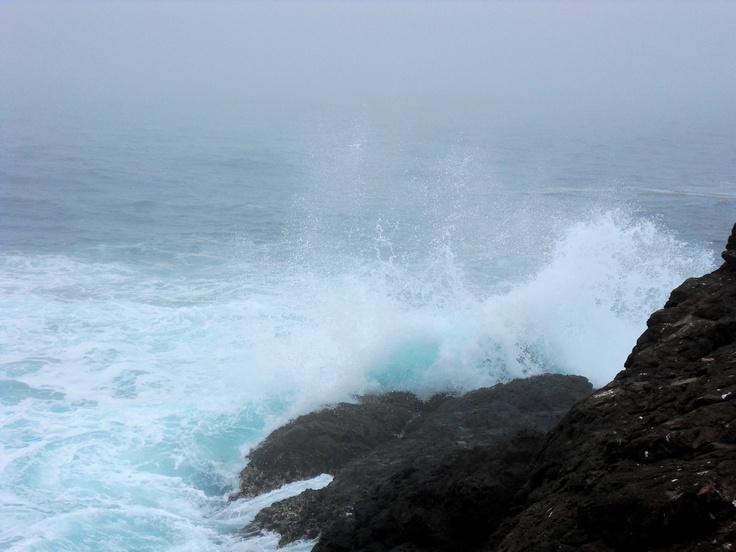Waves crashing in the coast of Ensenada, Baja California, hermosas!: Bella Cenicienta, Water Cliff, California, Del Pacifico, La Bella, Waves Crash, Cenicienta Del