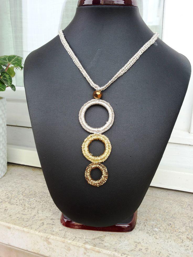 Collana in lurex argento ,oro e bronzo