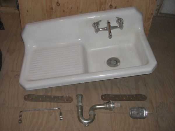 kitchen sink drainboard cast iron sink with drainboard would this for my new 2681