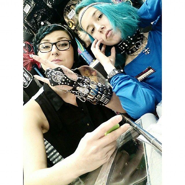 Kannattaa tulla tsekkaamaan myös asuste-uutuudet, niitä on ihan älyttömästi! #chocker #bracelet #studs #spikes #leather #metal #gothic #headband #bling #spider #chain #alternative #alternativefashion #bluehair #tealhair #dyedhair #tattoo #tattooedgirls #ink #inkedgirls #piercedgirls #cybershop #cybershopkamppi #kamppi @lempikerttu @jonshuu