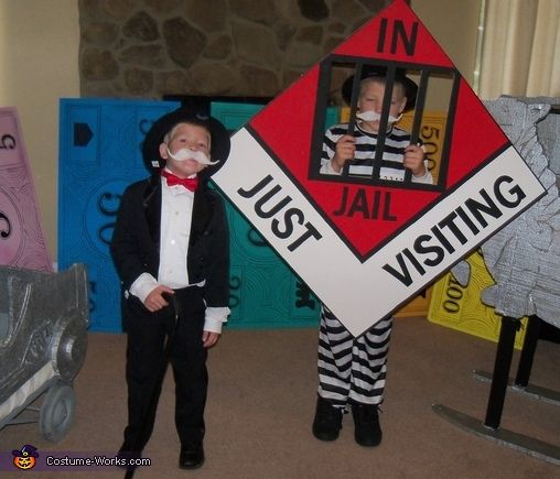 Homemade Board Game Ideas: 18 Best Images About Monopoly Halloween On Pinterest