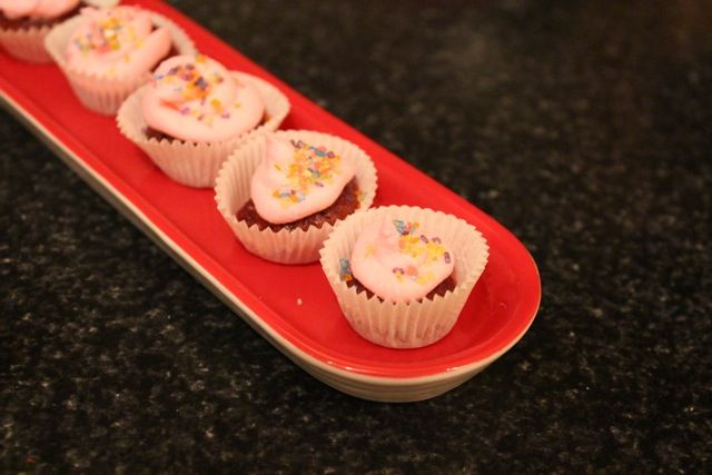 Women on a Mission: Mom Edition: Easy Bake Ultimate Oven - WTH People (but I found recipes)