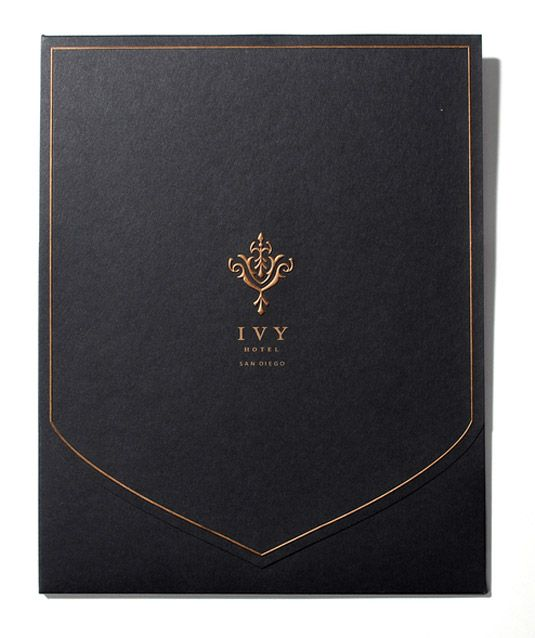 HOXY What a luxury feeling! The designers created a sales kit to help sell the facilities. Part of the result was this sophisticated envelope design, with features reflecting the high end branding of the hotel.