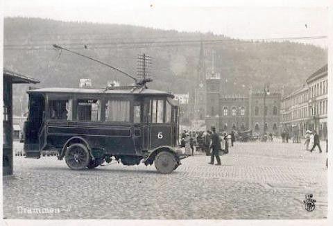"""""""Trikken"""" på Bragernes torg tidlig 1900"""