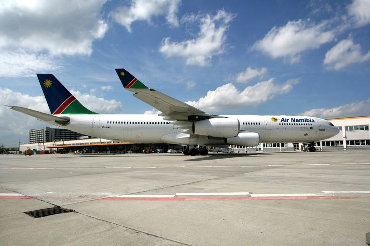 Air Namibia auf dem Boden des Frankfurter Flughafens.