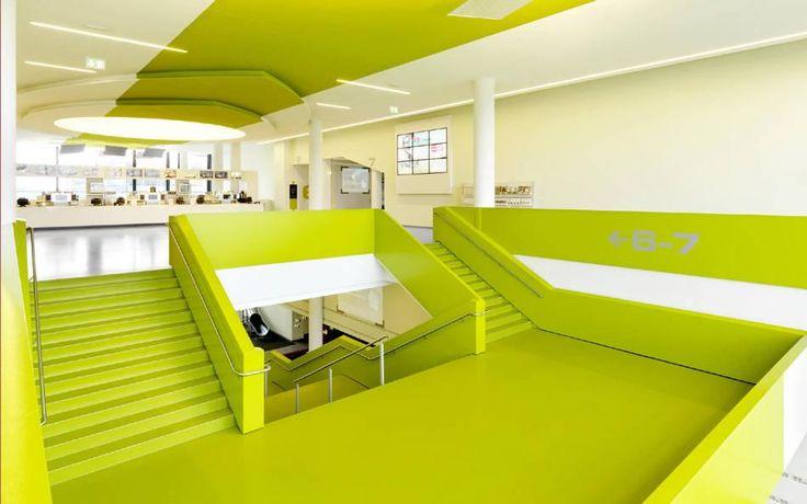 Футуристический дизайн обновлённого кинотеатра сети CINEMAXX в Билефельде