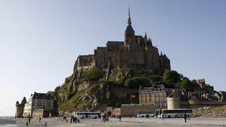 #Voyage Tourisme : La France reste en tête des destinations en 2013, devant les Etats-Unis et l'Espagne.