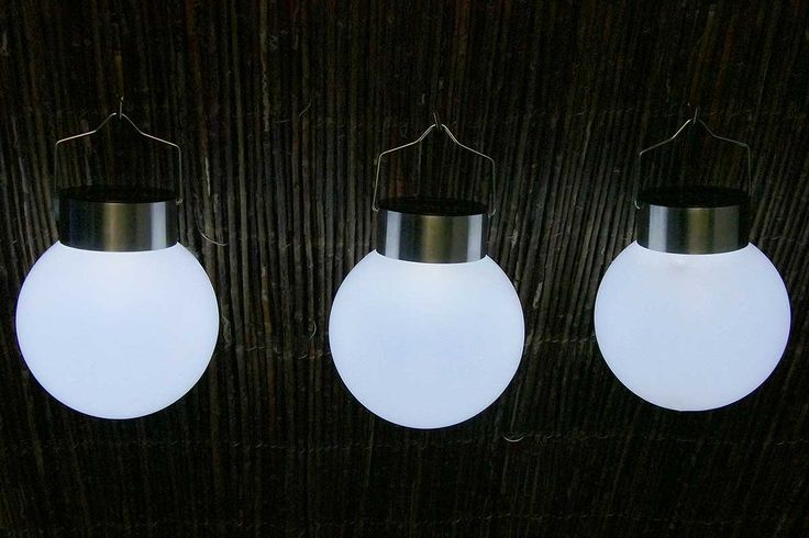 die besten 25 leuchtkugeln garten ideen auf pinterest. Black Bedroom Furniture Sets. Home Design Ideas