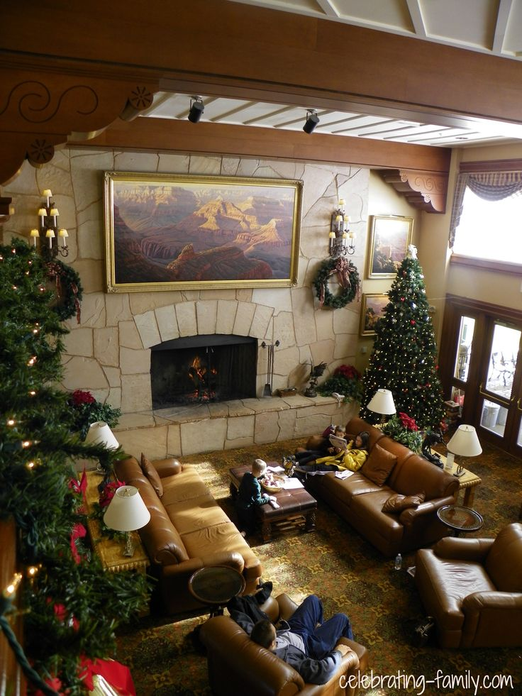Grand Canyon Railway Hotel: Stayed with my family and friend's family and rode the train.