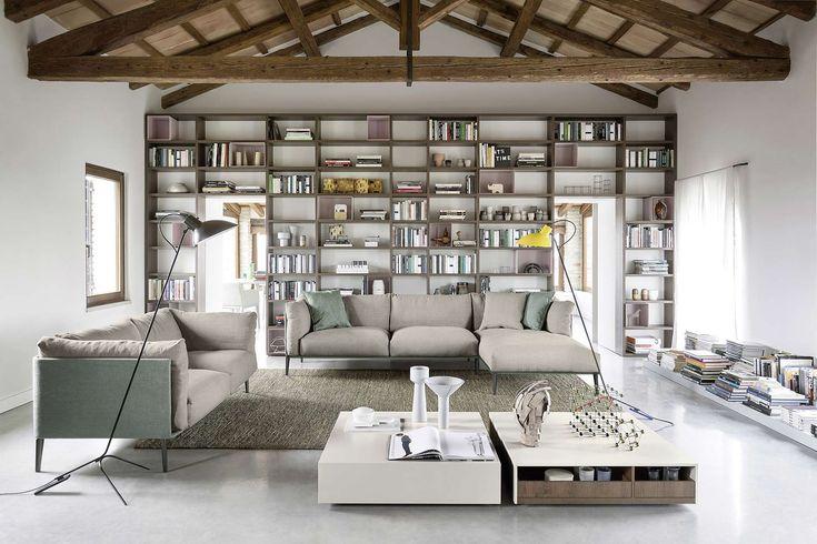 Mit dem modernen Ecksofa von Novamobili hat man eine bequeme minimalistische Wohnlandschaft.   #Sofa #Ecksofa #2-Sitzer #Couch #Wohnlandschaft #Wohnzimmer #livingroom #Novamobili #Livarea #comfy #Luxus #Designmöbel #modern #zeitlos #einrichten #home #wohnen #interiordesign #interiordecorating #inspiration #Einrichtungsstil #Einrichtungsideen #wohntrend #Trend #wohnideen