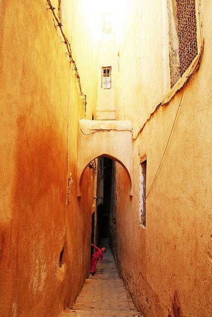 Fes Souk   Morocco (by Michobrien) - Maroc Désert Expérience tours http://www.marocdesertexperience.com