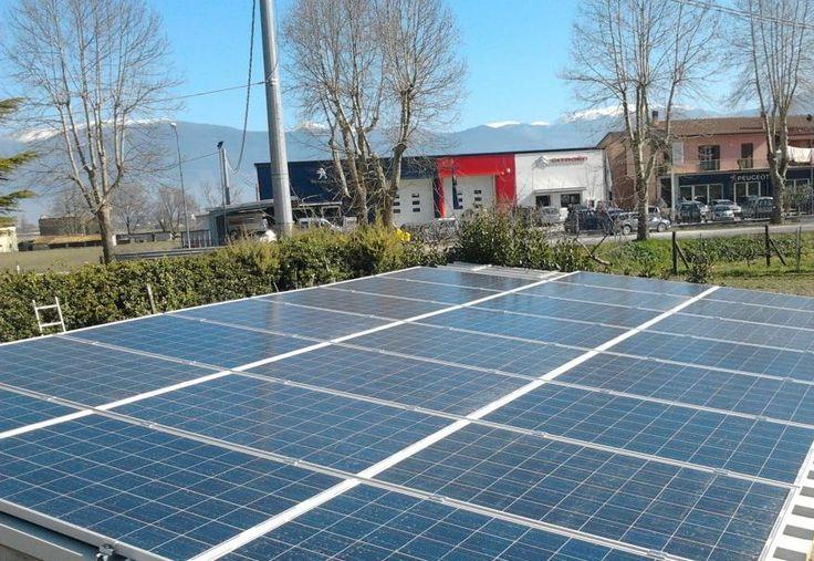 Grazie all'installazione dei pannelli fotovoltaici  è possibile produrre l'energia elettrica di cui si ha bisogno direttamente dal sole