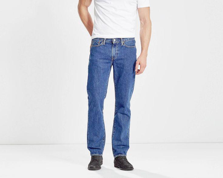 O clássico corte a direito Os nossos jeans 514™ Straight Fit assentam abaixo da cintura e são espaçosos ao longo do assento e das coxas, com perna a direito. Recomendados para corpos atléticos ou de constituição média.
