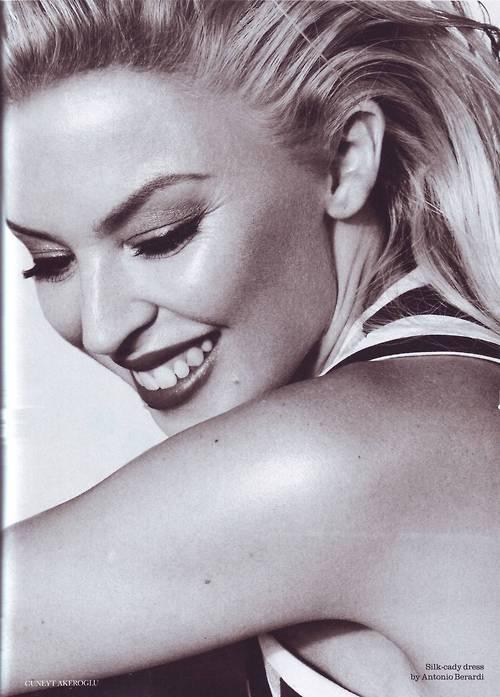 #Kylie Minogue