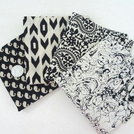 black and white fat quarter bundle ❣