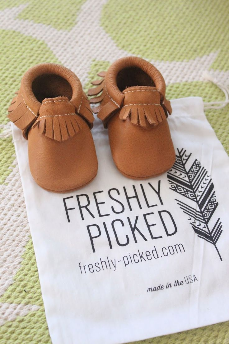 Baby Moccasins {Freshly Picked Giveaway!}