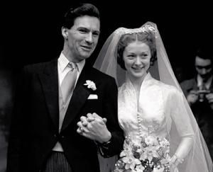 The beautiful Scottish ballerina and actress,  married British journalist, broadcaster, humanist, and author Ludovic Kennedy in 1950.  Their marriage of 56 years ended with her death in 2006.