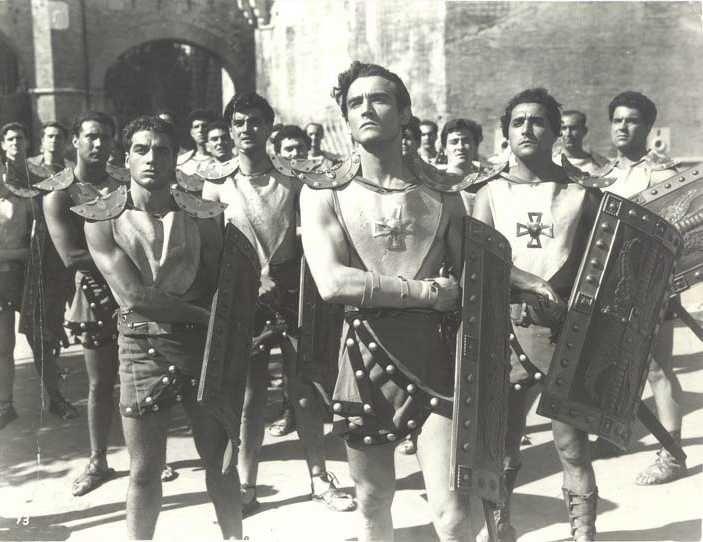 """Vittorio Gassman nel film """"Il leone di Amalfi"""", 1950"""