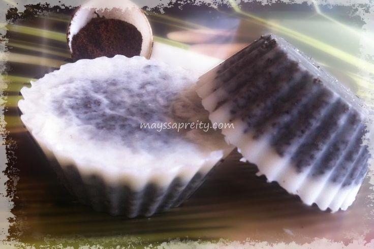 Voici une recette simple, facile et rapide de galets de marc à café pour réaliser des gommages corporels.