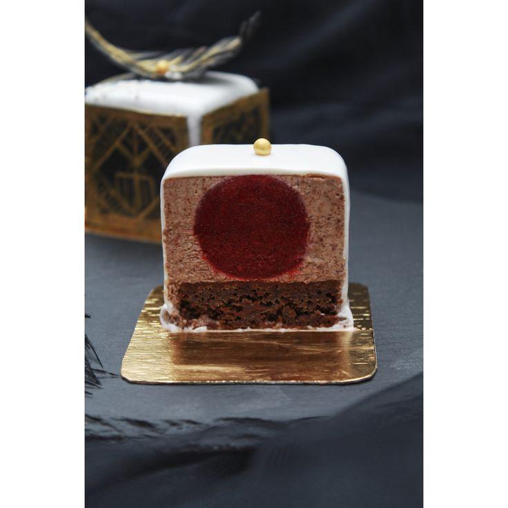 Шоколадное пирожное в стиле Арт-деко | Кондитерская Bakery Street
