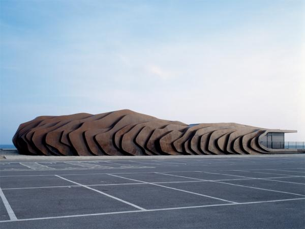 Thomas Heatherwick. East Beach Cafe. Littlehampton, West Sussex 2008