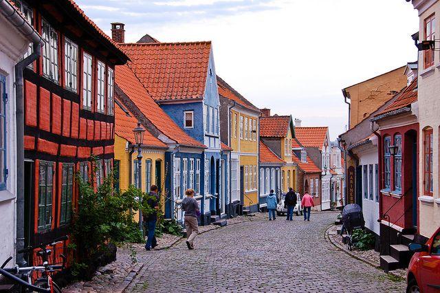 Traditional houses in Ærøskøbing, Denmark (by tankredschmitt).
