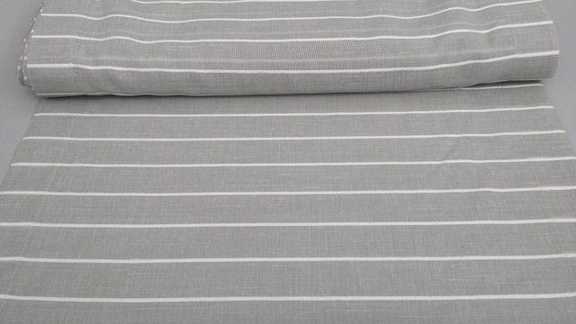 Tendina per finestra 100% poliestere. Color #grigio chiaro con righe orizzontali bianche. Orlato. Disponibile nelle misure: Larghezza 60 cm e 90 cm. Raffinato e moderno.
