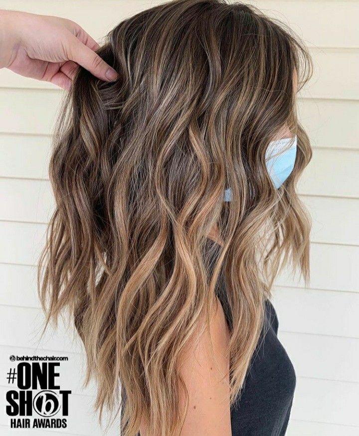 Pin By Ayse Omeroglu On Sac Modelleri Black Hair Balayage Blonde Hair With Roots Brown Hair Balayage
