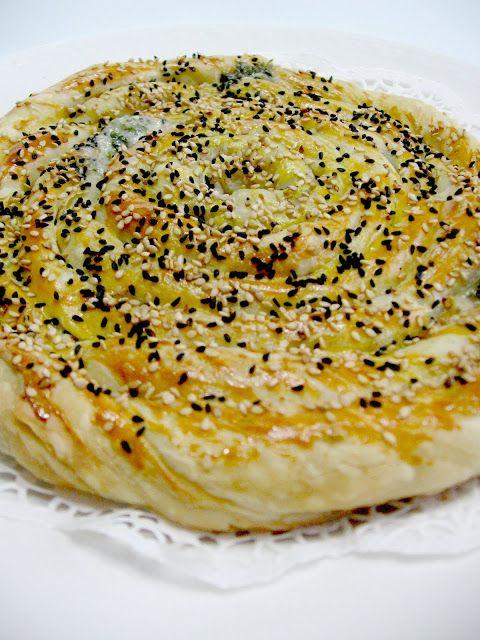 My Turkish Kitchen: PUFF PASTRY BOREK WITH CHEDDAR CHEESE - ÇEDAR PEYNİRLİ MİLFÖY BÖREK