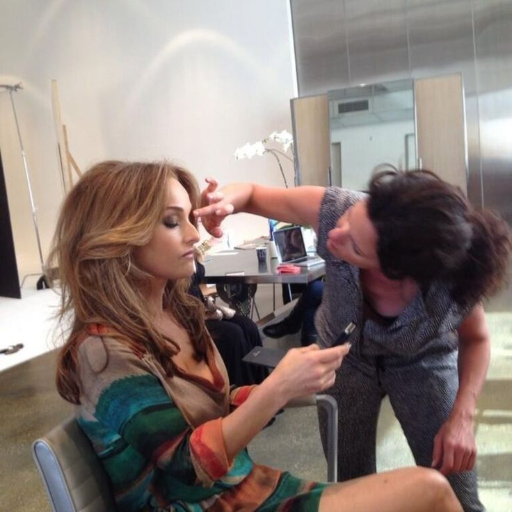<p>Get to know Giada via her Pinterest feed! She's quite active and has plenty of interestings boards like:</p><ul><li>Behind the Scenes with Giada</li><li>Books I've Read</li><li>Favorite Manicures</li><li>Pins from Fans</li></ul><div><p>...and much more. If you're a Giada fan you'll have fun browsing through her Pinterest boards!</p></div>