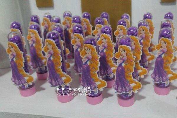 Tubetes com apliques - Rapunzel  :: flavoli.net - Papelaria Personalizada :: Contato: (21) 98-836-0113  vendas@flavoli.net