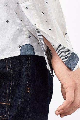 Grösseninfo: -Länge der Rückenmitte ca. 75 cm, Ärmellänge ca. 66 cm, in Gr. M (kann je Gr. leicht variieren) Details: -Dieses Hemd wurde aus weichem Baumwoll-Popeline gefertigt und zeigt sich mit einem fienen Allover-Print sowie einer aufgesetzten Brusttasche. -Optische Akzente setzen die Besätze aus Chambray an den Seiten sowie innen an Kragen und Manschetten. -Längs-Teilungsnähte am Rückenteil sorgen für einen perfekten Sitz.