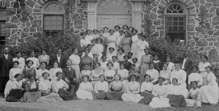 There Are White-Majority HBCUs In the past decade, manyhistorically Black colleges and universitieshave increasingly become whiter. WhileHBCUs have always allowedpeople ofdifferent racesinto their doors, the last10 years have seen a larger enrollment of non-Black students. In fact,Bluefield State College in West Virginia has an 82 percentwhite student enrollment as of 2011. Gadsden State Community College …