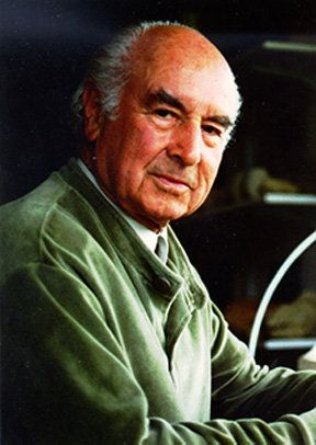 Albert Hofmann (1906 - 2008) Albert Hoffman was a Swiss scientist who is best known for being the first to synthesize, and ingest the psychedelic effects of lysergic acid diethylamide (LSD).