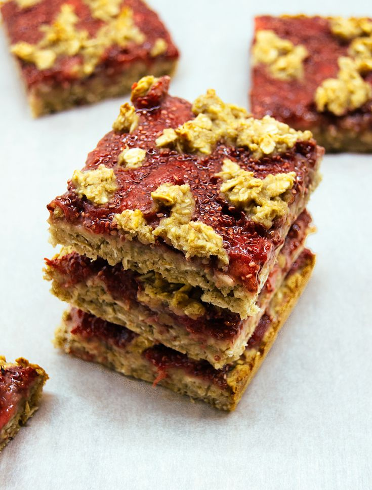Healthy oat bars with strawberry chia jam