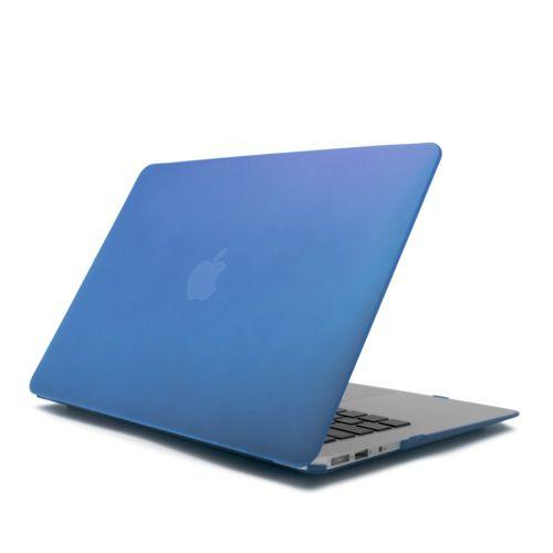 """CARCASA MACBOOK AIR 13 PULGADAS AZUL 18,18 €  Carcasa para Macbook Air 13 Pulgadas para decorar tu Mac con elegantes colores, bañada con un barniz que le proporciona un agradable tacto suave. Ligera y resistente apenas incrementa el peso de tu Mac. Diseñada para quedar totalmente integrada en tu Mac seguirás teniendo acceso a todos tus puertos sin necesidad de retirarla. Se adapta perfectamente a tu Macbook de 13 Pulgadas. Compatible con MacBook Air de 13""""."""
