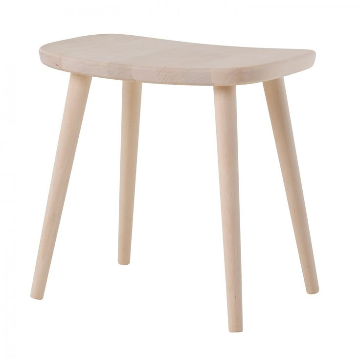 Palle, pall formgiven av Yngve Ekström för Stolab. Palle formgavs av Yngve under 50-talet, en tid då funktion gärna samsades med stilrena former. Palle tillverkas i massiv björk och har träben som skruvas direkt in i sitsen, vilket gör den stabil och användbar i hela hemmet. Genom sina mjuka former och generösa sittyta fungerar Palle utmärkt som extra sittplats vid bordet, som sängbord eller som hjälpreda när du behöver nå upp till något på översta hyllan. Välj mellan en rad olika…