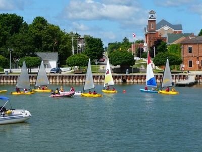 Sailing school in Meaford