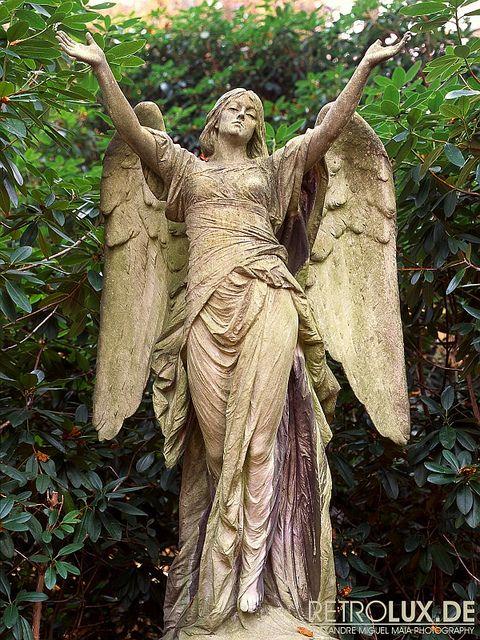 Cemetery Statues | Cemetery Statue