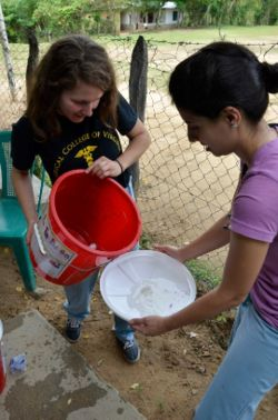 Each year since 2008, GH2DP has traveled to northern Honduras to improve the health of 2,000 residents across 17 villages, to introduce medical students to global health issues and to conduct global health research.