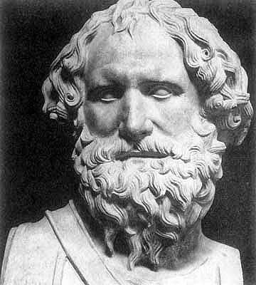 Archimedes fizikçi, matematikçi ve filozoftur. Gençliğinde bir süre İskenderiye'de bulunmuştu. Mısır'da tarlaları sulamakta kullanılan Archimedes burgusunu geliştirmişti. Archimedes'in mekanik alanında yapmış olduğu buluşlar arasında bileşik makaralar, hidrolik sistemler sayılabilir.