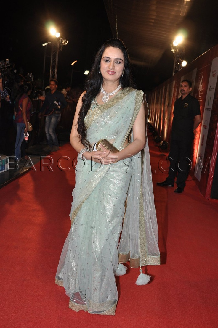 padmini kolhapure in saree - photo #37