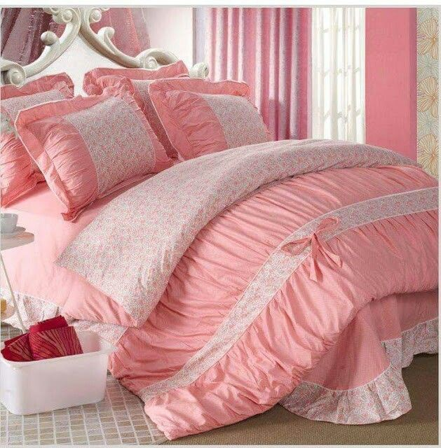 ***Reading Before Buying*** Bedding Sets Including: 1 Duvet Bed Pillowcase.  The Bedding Sets Without Quilt,comforter,pillows, Extra Pillowcases.
