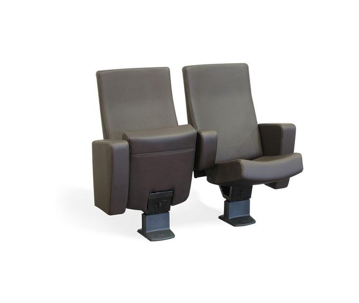 Un classique indémodable. Construit sur la structure BR qui a fait ses preuves au long des années, les formes galbées de l'assise et du dossier apportent un confort inégalé.