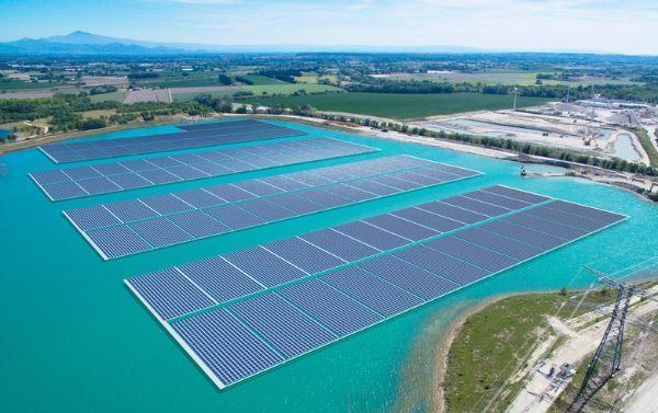 Trina Solar Modules To Power 17 Mw Floating Pv Plant In France Solar Solar Module Solar Energy Diy