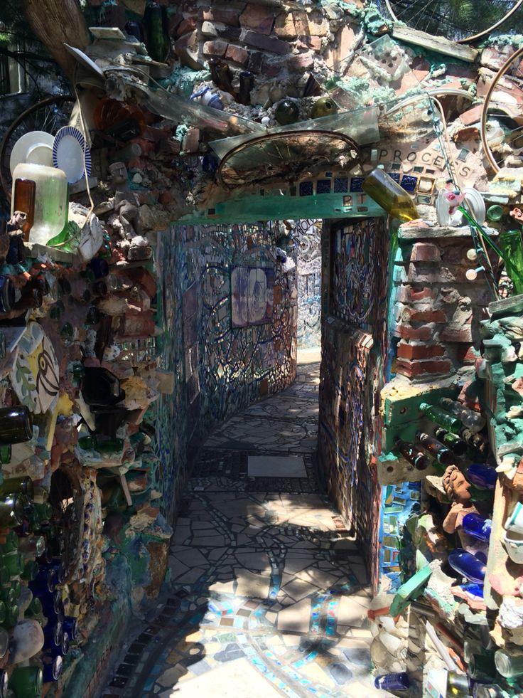 Philadelphia's Magic Gardens Philadelphia magic gardens