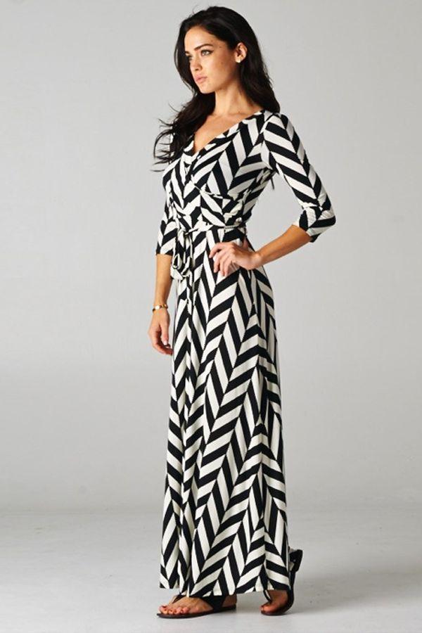 Hannah Jane Boutique www.hannahjaneboutique.com Cutest Maxi Dresses! Only $44.99 #maxidress #chevron #houndstooth #dress #blackandwhite